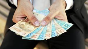 Aumenta limite do crédito consignado e também os seus juros
